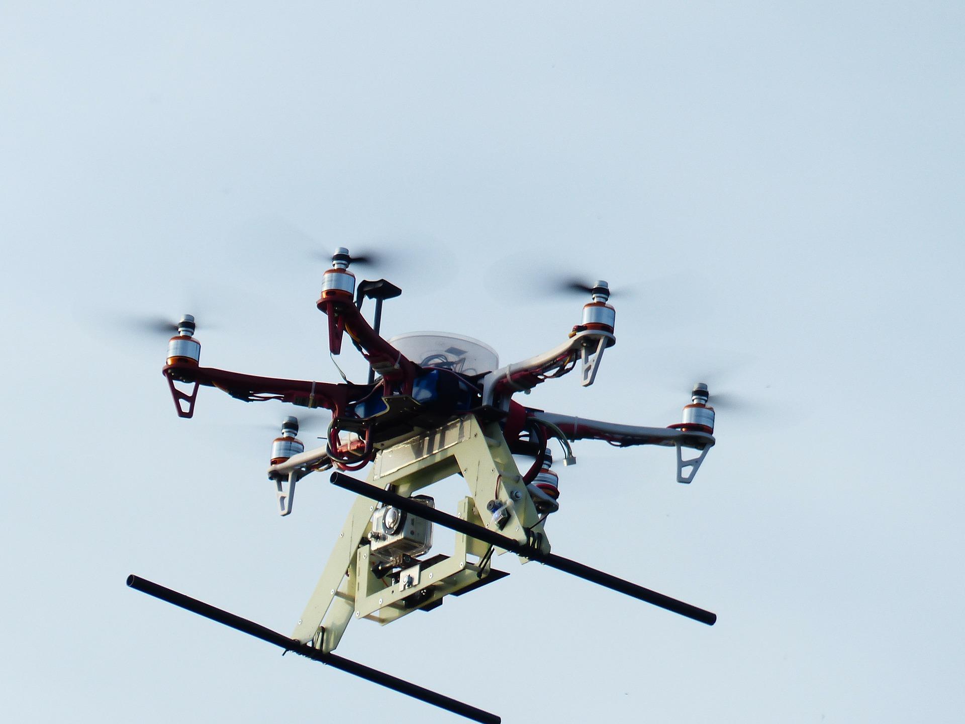 hexacopter-113478_1920